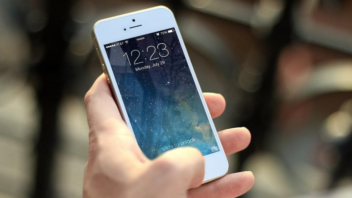iPhone dobrável? Apple já está testando dois protótipos de aparelhos dobráveis