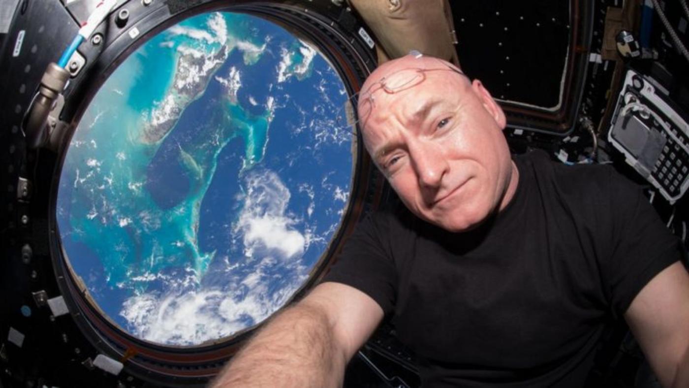 Lembra do Gorila da NASA? Astronauta conta como viveu no espaço durante um ano
