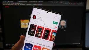 Netflix para Android permite a reprodução de conteúdo parcialmente baixado
